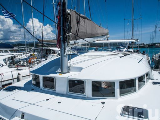 Catamaran Lagoon 380 S2 · 2015 (2)