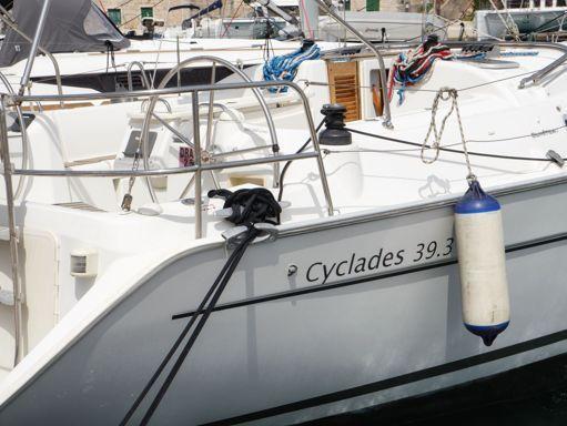 Velero Beneteau Cyclades 39.3 · 2007 (reacondicionamiento 2016) (1)