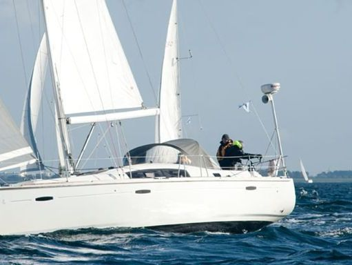 Sailboat Beneteau Oceanis 43 · 2011 (1)