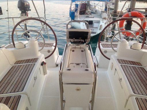 Sailboat Jeanneau Sun Odyssey 409 · 2012 (2)