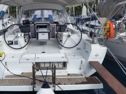 Sailboat Beneteau Oceanis 41 · 2014 (2)