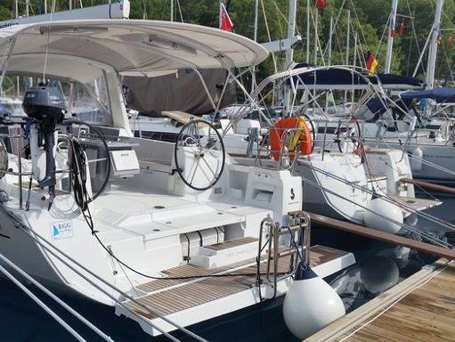 Sailboat Beneteau Oceanis 41 · 2014 (0)