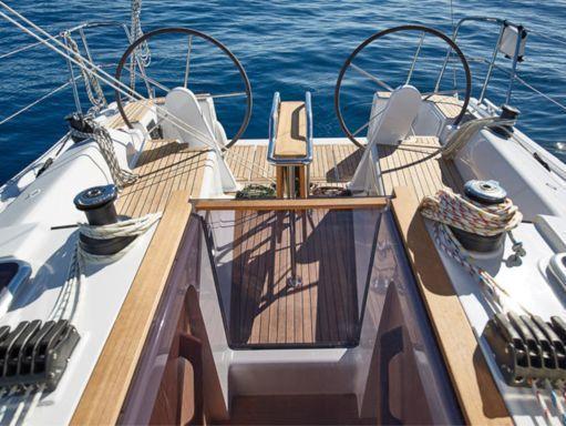 Sailboat Hanse 315 · 2020 (2)