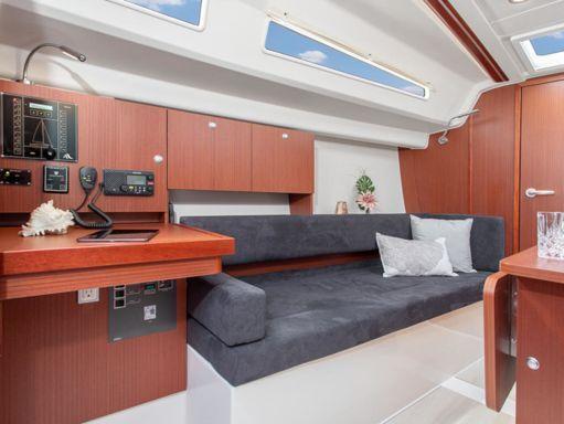 Sailboat Hanse 315 · 2020 (4)