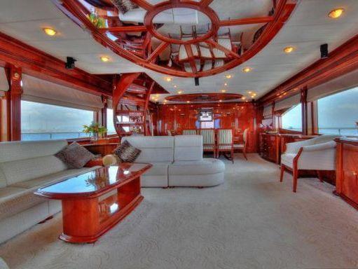 Motorboat Boot Motoryacht · 2008 (refit 2017) (2)