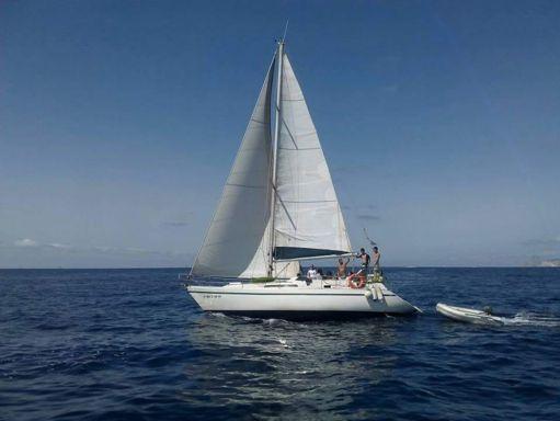 Sailboat Bavaria Cruiser 37 · 1986 (refit 2000) (0)