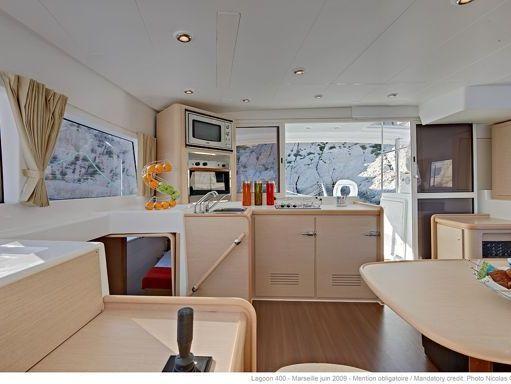 Catamaran Lagoon 400 · 2010 (1)