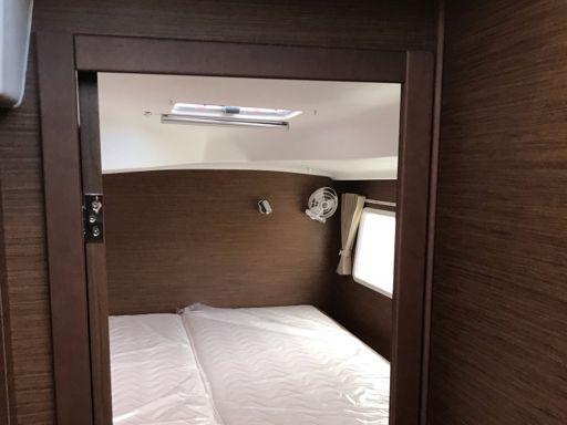 Catamaran Lagoon 380 S2 Premium · 2019 (4)