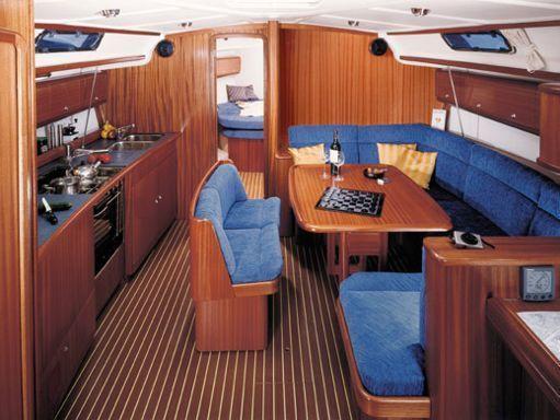 Sailboat Bavaria 44 · 2004 (1)