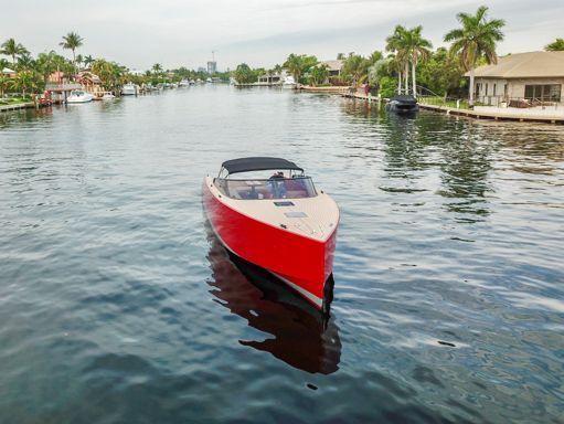 Motorboat VanDutch 40 · 2015 (4)