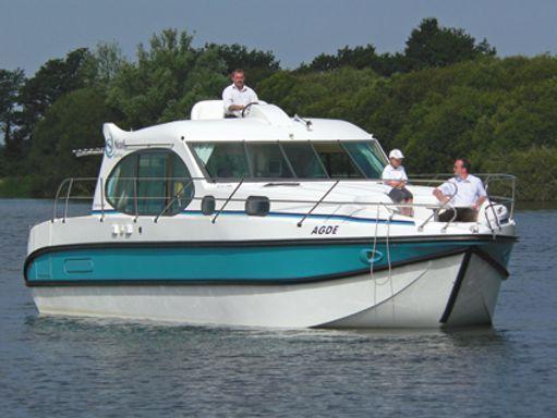 Houseboat Nicols Estivale Quattro B · 2011 (1)