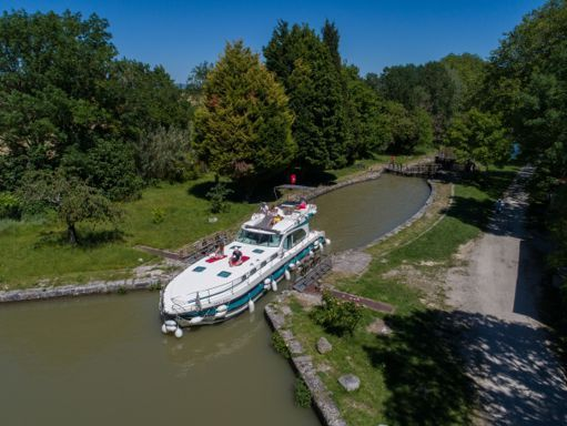 Houseboat Nicols Estivale Octo Fly C · 2019 (4)
