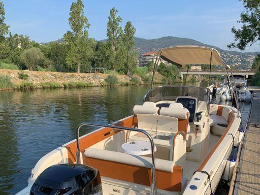 Speedboat Invictus 270 FX · 2019 (2)
