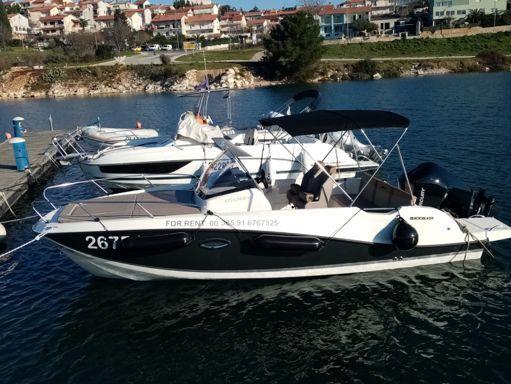 Sportboot Quicksilver 675 Sundeck (2020) (1)