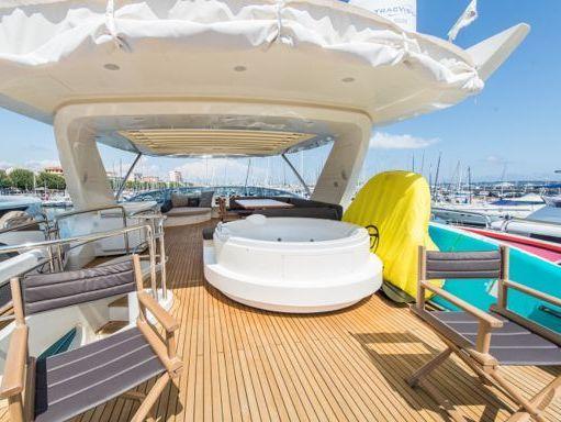 Motorboat Azimut 77 · 2013 (refit 2019) (4)