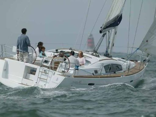 Segelboot Beneteau Oceanis 40 · 2010 (1)