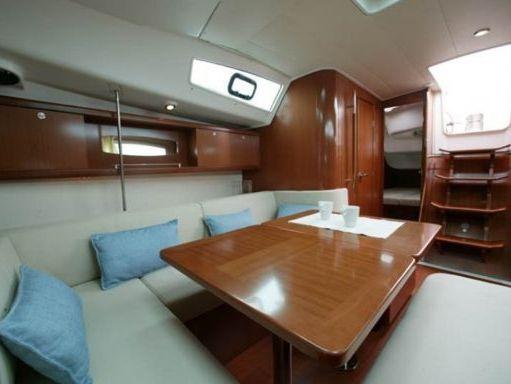 Segelboot Beneteau Oceanis 40 · 2010 (4)