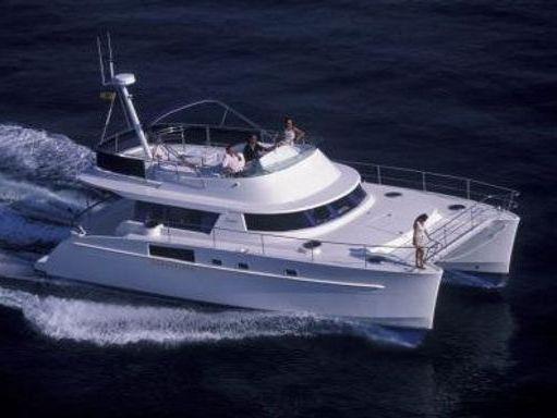 Motor Catamaran Fountaine Pajot Cumberland 43 · 2007 (1)