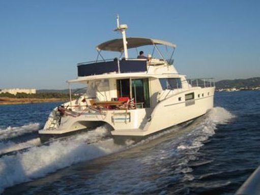 Motor Catamaran Fountaine Pajot Cumberland 43 · 2007 (2)
