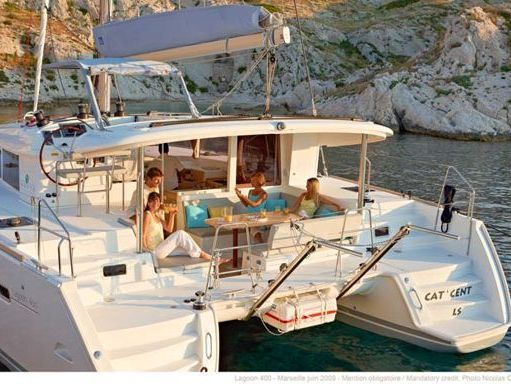 Catamaran Lagoon 400 S2 (2016) (1)