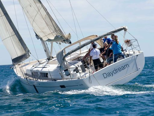 Sailboat Hanse 445 · 2011 (1)