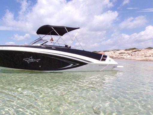 Speedboat Glastron 245 GT · 2017 (refit 2021) (2)