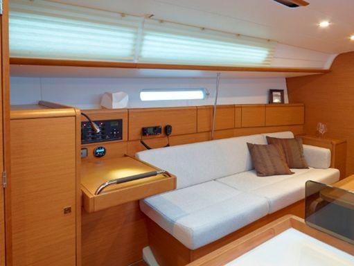Sailboat Jeanneau Sunsail 38/2 · 2017 (4)