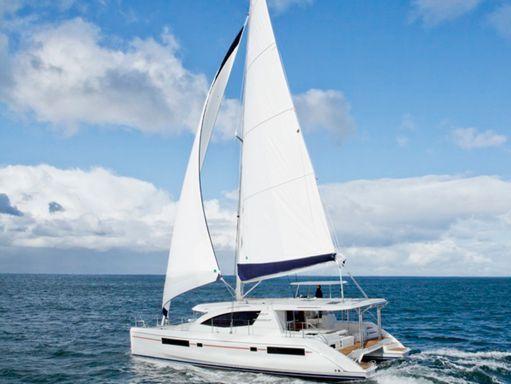 Catamaran Leopard Sunsail 484 (2016) (1)