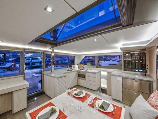 Catamaran Leopard Sunsail 454 · 2018 (2)