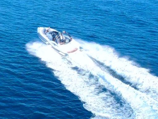 Speedboat Python C - 33 · 2020 (2)