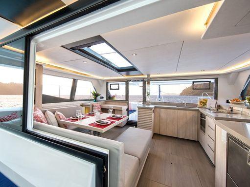 Catamaran Leopard Sunsail 454 · 2019 (1)