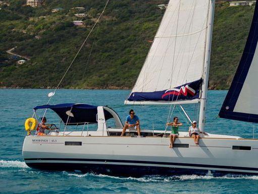 Sailboat Beneteau Moorings 453 · 2016 (2)
