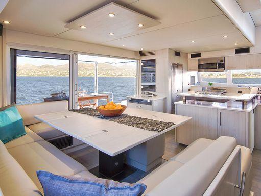 Catamaran Leopard Moorings 5800 · 2018 (1)