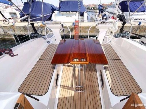 Sailboat Bavaria Cruiser 41 S (2017) (1)