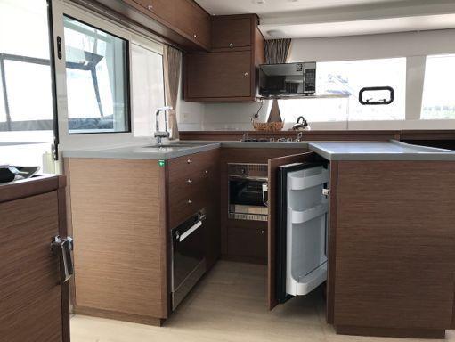 Catamaran Lagoon 450 F · 2018 (2)