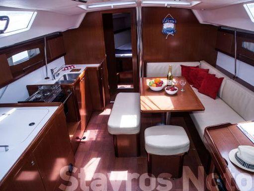 Sailboat Beneteau Oceanis 46 · 2010 (0)