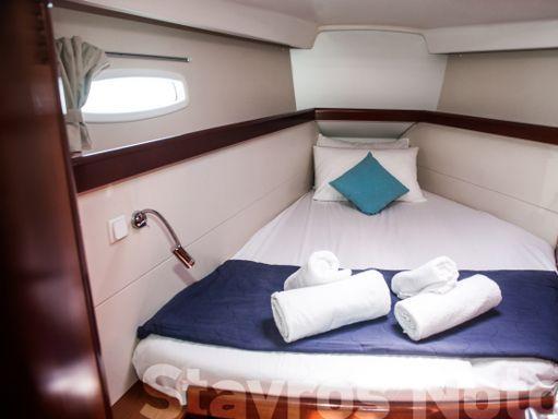Sailboat Beneteau Oceanis 46 · 2010 (4)