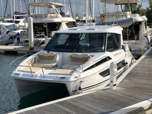 Motorboat Aquila 36 · 2020 (0)