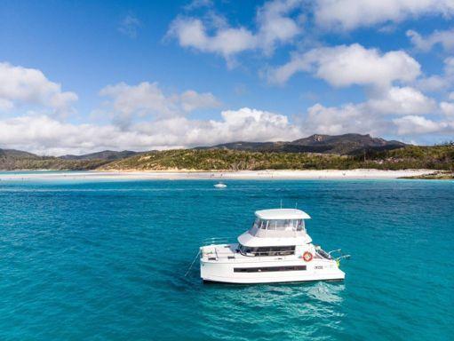 Motor Catamaran Fountaine Pajot MY 37 · 2018 (0)