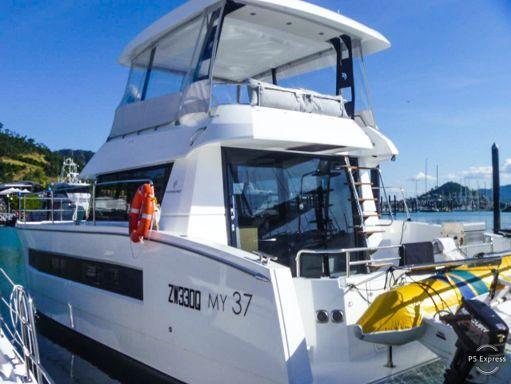 Motor Catamaran Fountaine Pajot MY 37 · 2018 (1)