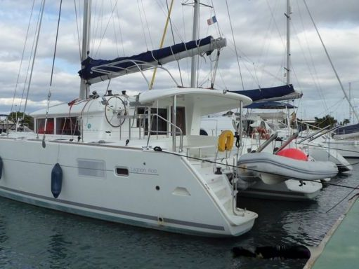 Catamaran Lagoon 400 S2 · 2015 (refit 2020) (1)