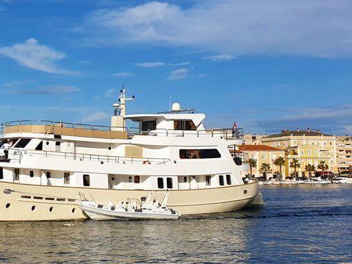 Barco a motor La Perla · 1976 (reacondicionamiento 2010) (2)