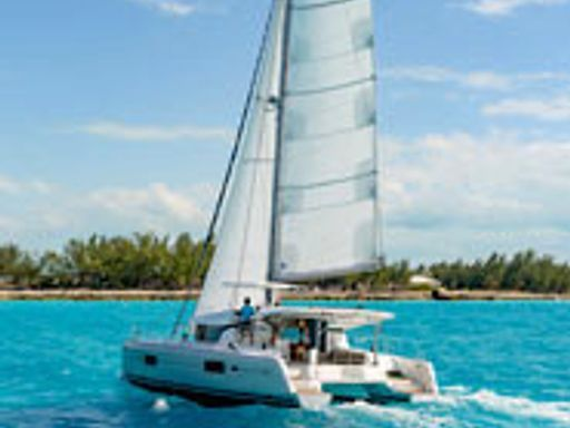 Catamaran Lagoon 42 (2020) (1)