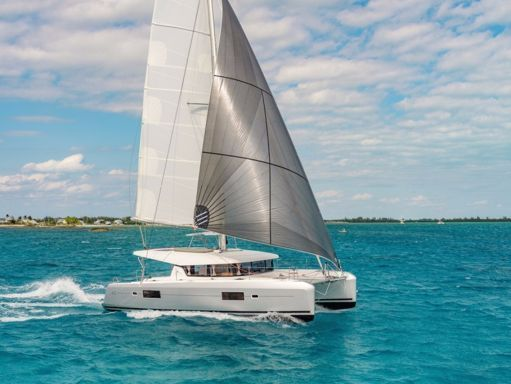 Catamaran Lagoon 42 · 2022 (1)