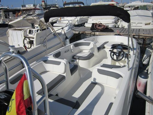 Speedboat Bayliner Element E 6 · 2020 (1)