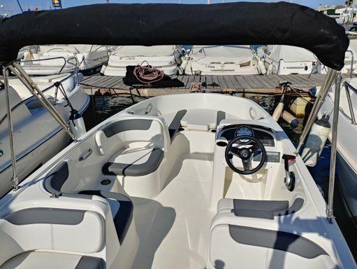 Speedboat Bayliner Element E 6 · 2020 (4)