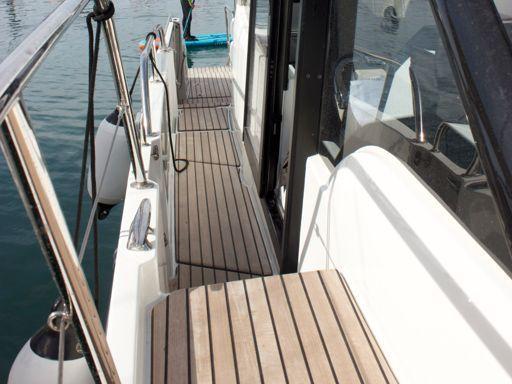 Motorboat Beneteau Antares 11 OB · 2021 (2)