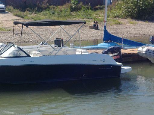 Sportboot Bayliner Element E7 (2010) (2)