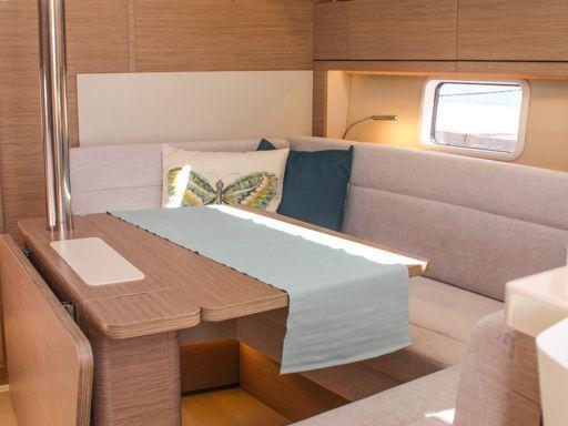 Sailboat Hanse 388 · 2021 (4)