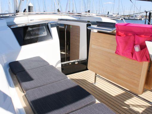 Sailboat Hanse 388 · 2021 (2)
